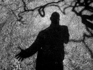 Nudo con ombre